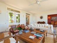 Comfortable 5 Bedroom Beachside Home in Manantiales