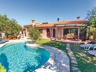 4 bedroom Villa in Medulin, Istria, Croatia : ref 2043399
