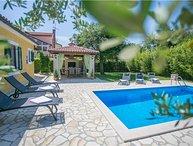 3 bedroom Villa in Porec, Istria, Kadumi, Croatia : ref 2300874