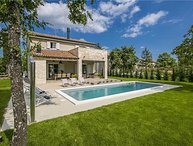 4 bedroom Villa in Kanfanar, Istria, Sivati, Croatia : ref 2374516