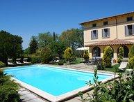 7 bedroom Apartment in Castiglione Del Lago, Tuscany Se, Umbria, Italy : ref