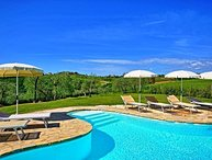 3 bedroom Apartment in San Gimignano, Central Tuscany, Tuscany, Italy : ref