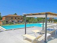 5 bedroom Apartment in Castiglione Del Lago, Umbria, Italy : ref 2386539
