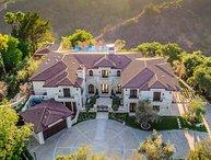Villa Grande Bellezza, Sleeps 10