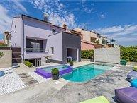 3 bedroom Villa in Pula, Istria, Veruda, Croatia : ref 2301432