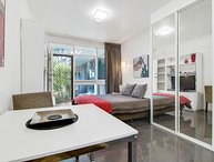 Studio Apartment - Sussex St, North Adelaide