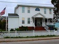 "Historic Manteo ""Woody's Cottage"""