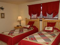 Beaver Village Hotel Unit 721-M