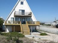 Seaside Cottage - Unique ocean front four bedroom house. Sleeps 12.