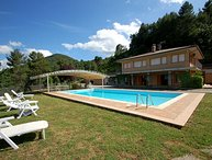 Villa with private pool and panoramic views at 6 km from town. 80km north Rome