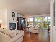 The perfect family getaway in the very popular Solana Beach & Tennis Club