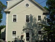 Charming apartment in an 1800s schoolhouse with private deck and views