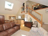 2 Bedroom Sidney Cottage Steps to the Beach and Short Walk to Town