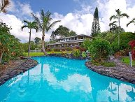 Kona Amazing 5 Acre Estate, 2 Swimming Pools, 2 Hot Tubs, Ocean View, Secluded