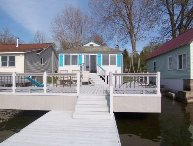 Waterfront Cottage & private dock-off Lake Onterio