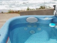 Seabird Cottage-Oceanfront Hot Tub Open 5/29-6/4