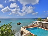 Coral Breeze - Ideal for Couples and Families, Beautiful Pool and Beach