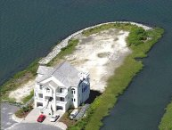 Luxurious Bayfront Home on Private Peninsula,Gated
