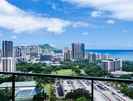 Panoramic Ocean View 2BR Condo w/ many Amenities!