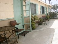 Cozy Studio/Flat Steps to Ocean747- Sleeps 2- Near Belmont Park,  Surfboard, BBQ