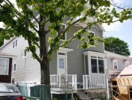 Hurley Cottage - large & modern, in the heart of Bar Harbor, walk to the harbor