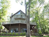 Cane Creek Cottage. 13 miles to Clemson. Near all mountain activities