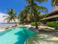 Casa Del Agua - Fully Staffed Private Beach House