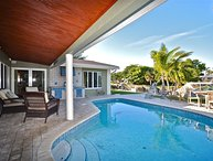 Sea Esta Waterfront heated pool 3 bedrooms