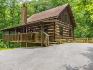 PrivateLog Cabin,Hot Tub,Pool Table,Fenced yard, Dog friendly,Spring Special