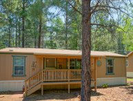 Pinetop Cozy Getaway | Tons of Hiking Trails | Pets Welcome
