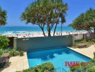 'Noosa Court' Apartment 3 / 55 Hastings Street - Noosa Beachfront