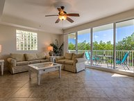 Private Beach, waterfront Elegant  3 Bdr,2,5 Bth Town House suite U-3230