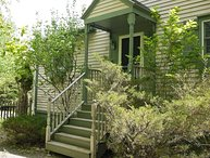 Kelley Grove Cottage - wooded privacy near Acadia & Bar Harbor