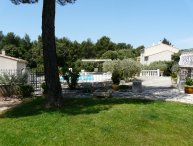 L2-157 MOULINA, Lovely house in a quit area, close to the center of Mérindol