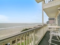 ALL-INCLUSIVE RATES! South Shores I - Oceanfront, Shared Pool, Sleeps 8