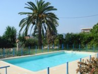 Modern one bedroomed apartment just off the Cannes Seafront with a terrace and