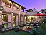 Hideaway Private 3 Bedroom Villa Close to Beach, Canggu;