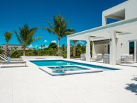Brand new nearly beachfront 4 bedroom villa