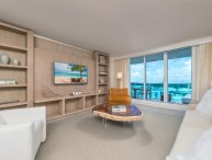 Luxurious Condo Hotel 1/1.5 Beachfront Unit 1127