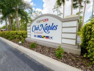 Cute 1 Bedroom Cottage in Club Naples RV Resort