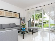 Mayamar: Great Villa for families! Close to 5th and beach