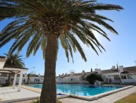 2 bedroom Villa with Air Con, WiFi and Walk to Beach & Shops - 5251608