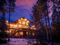 *4 BR Mountain Retreat has a Hot Tub*Game Room & 5 min from Slopes*