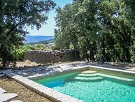 Holiday home with private pool near Apt, Luberon, Vaucluse