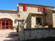4 km from Lambesc, Bouches-du-Rhône, holiday home with private pool