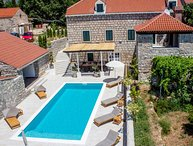 Villa Amy - Stone villa with pool and Jacuzzi near Dubrovnik