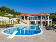 Villa Grande Korcula – Large luxury villa on the beach near Vela Luka, Korcula