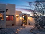Gorgeous Santa Fe Style Home With Private Hot Tub Located in Cornville - Spanish