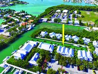 Coral Lagoon #12 in Beautiful Marathon, Waterfront with Boat Slip & Heated Pool