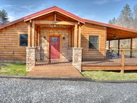 At One with the River-Amazing River Front 3 BR Cabin w/Fire Pit, Fishing, Wi-Fi,